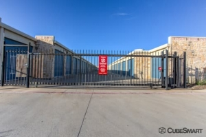 Image of CubeSmart Self Storage - Little Elm - 2511 Sunflower Drive Facility on 2511 Sunflower Drive  in Little Elm, TX - View 4