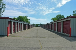 Abe's Storage North - Saginaw Street (South of Maple Rd)