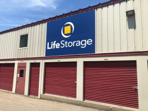 Image of Life Storage - Portsmouth Facility on 70 Heritage Avenue  in Portsmouth, NH - View 3