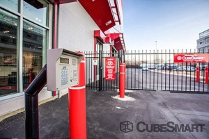 CubeSmart Self Storage - Queens - 186-02 Jamaica Avenue - Photo 5