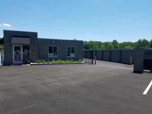 Image of Vista Storage of Green Facility on 3046 Myersville Road  in Uniontown, OH - View 4
