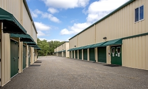 GoodFriend Self-Storage - East Hampton - Photo 2