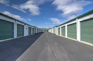 Prime Storage - Columbia - Newland - Photo 16