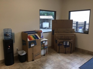 Image of Life Storage - Glenolden Facility on 407 Chester Pike  in Glenolden, PA - View 2