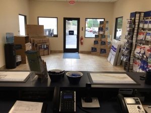 Image of Life Storage - Glenolden Facility on 407 Chester Pike  in Glenolden, PA - View 3