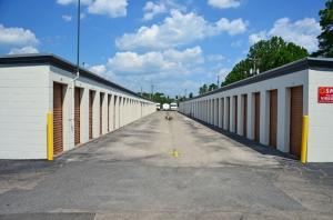 Storage Zone - Pensacola St. - Photo 8