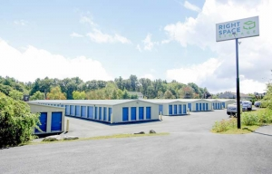 Image of RightSpace Storage - Londonderry2 Facility at 7 Mohawk Drive  Londonderry, NH