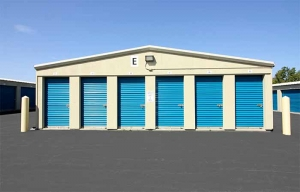 Image of RightSpace Storage - Londonderry2 Facility on 7 Mohawk Drive  in Londonderry, NH - View 2