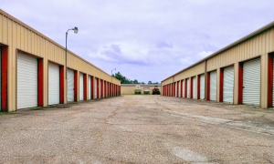 Image of Perry Road Storage Facility on 13635 Perry Road  in Houston, TX - View 2