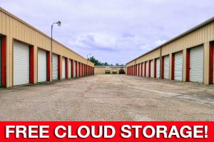Image of Perry Road Storage Facility at 13635 Perry Road  Houston, TX