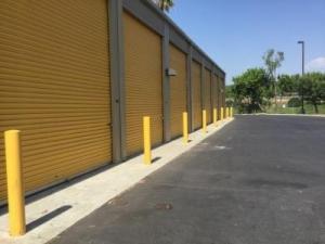 Life Storage   Costa Mesa