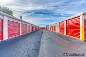 CubeSmart Self Storage - Saint Petersburg - 2501 22nd Ave N - Photo 2