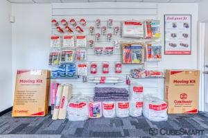CubeSmart Self Storage - Saint Petersburg - 2501 22nd Ave N - Photo 10