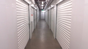 Image of Life Storage - Torrance - West 190th Street Facility on 4320 West 190th Street  in Torrance, CA - View 4