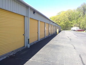 Life Storage - Waterbury - Photo 7