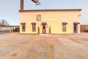 Cheap storage units at Simply Self Storage  Tulsa, OK  Tacoma Ave in 74107  Tulsa, OK