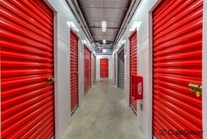 Image of CubeSmart Self Storage - Fort Worth - 2721 White Settlement Rd Facility on 2721 White Settlement Rd  in Fort Worth, TX - View 2