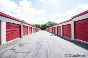 CubeSmart Self Storage - Waterbury - 2454 East Main Street - Photo 3