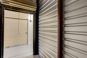 Simply Self Storage - 610 S Yonge Street - Ormond Beach - Photo 4