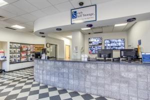 Simply Self Storage - 555 North Olden Avenue - Photo 12