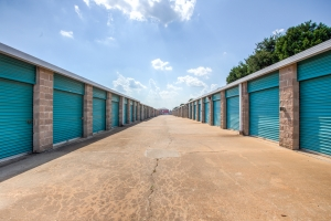 Simply Self Storage - 7230 Airways Boulevard - Southaven - Photo 3