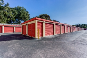 Simply Self Storage - 1035 Starwood Avenue - Valrico - Photo 6