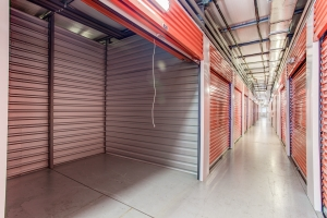Simply Self Storage - 14900 County Line Road - Spring Hill - Photo 4