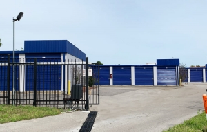 Simply Self Storage - 8650 Mid South Drive - Olive Branch - Photo 10
