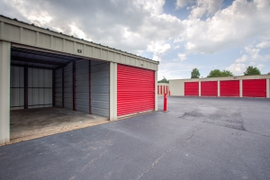 Simply Self Storage - 6504 E Raines Road - Memphis - Photo 2