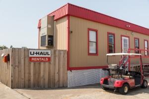 Image of Move It Self Storage - LBJ Facility on 8500 Lbj Fwy  in Dallas, TX - View 2