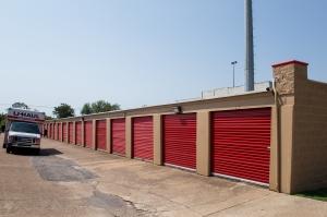 Image of Move It Self Storage - LBJ Facility on 8500 Lbj Fwy  in Dallas, TX - View 4