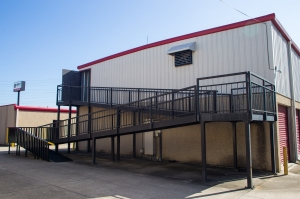 Move It Self Storage - Harrells Ferry - Photo 4