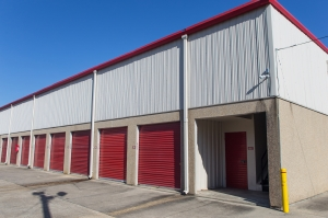 Move It Self Storage - Harrells Ferry - Photo 6