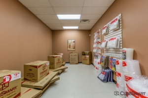 Image of CubeSmart Self Storage - Bronx - 1260 Waters Pl Facility on 1260 Waters Pl  in Bronx, NY - View 3
