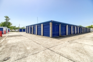 Mandeville Self Storage - Photo 7