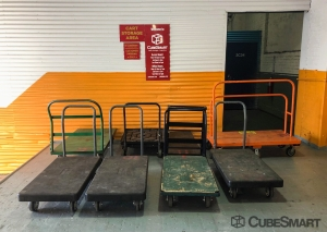 Image of CubeSmart Self Storage - Brooklyn - 2207 Albemarle Road Facility on 2207 Albemarle Road  in Brooklyn, NY - View 2