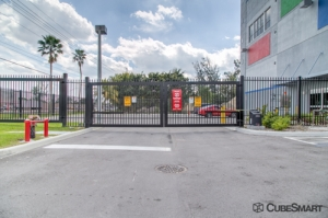 CubeSmart Self Storage - Miami - 590 NW 137th Ave - Photo 9
