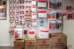 Image of CubeSmart Self Storage - Philadelphia - 456 North Christopher Columbus Boulevard Facility on 456 North Christopher Columbus Boulevard  in Philadelphia, PA - View 4