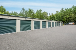 Image of Storage King USA - 024 - Summerville, SC - N. Main St Facility on 1822 North Main Street  in Summerville, SC - View 3