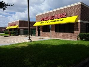Image of Fry Road Self Storage Facility at 926 South Fry Road  Katy, TX