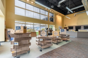 Image of Life Storage - Libertyville Facility on 700 East Park Avenue  in Libertyville, IL - View 2