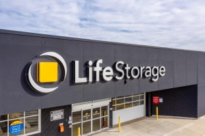 Image of Life Storage - Elgin Facility at 450 Airport Road  Elgin, IL