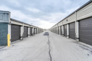 Image of Life Storage - South Chicago Heights Facility on 3200 Holeman Avenue  in South Chicago Heights, IL - View 4