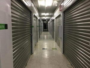 Image of Life Storage - Chicago - West 30th Street Facility on 3245 West 30th Street  in Chicago, IL - View 4