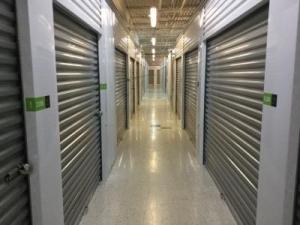 Superbe Life Storage   Barrington