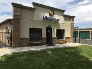 Life Storage - Boulder - 5815 Arapahoe Avenue - Photo 1