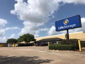 Image of Life Storage - Houston - Westpark Drive Facility on 12455 Westpark Drive  in Houston, TX - View 4