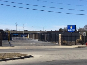 Image of Life Storage - Milwaukee - North Green Bay Avenue Facility at 4565 North Green Bay Avenue  Milwaukee, WI