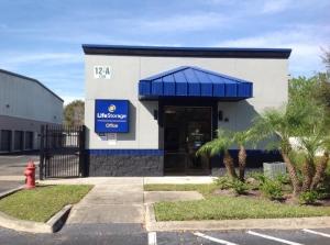 Image of Life Storage - Winter Garden Facility on 1236 Vineland Road  in Winter Garden, FL - View 4