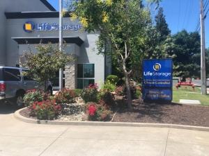 Image of Life Storage - Sacramento - Folsom Boulevard Facility on 7716 Folsom Boulevard  in Sacramento, CA - View 2